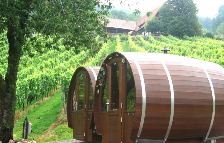 Schlafen-im-Weinfass-Wine-Barrel-Room-11