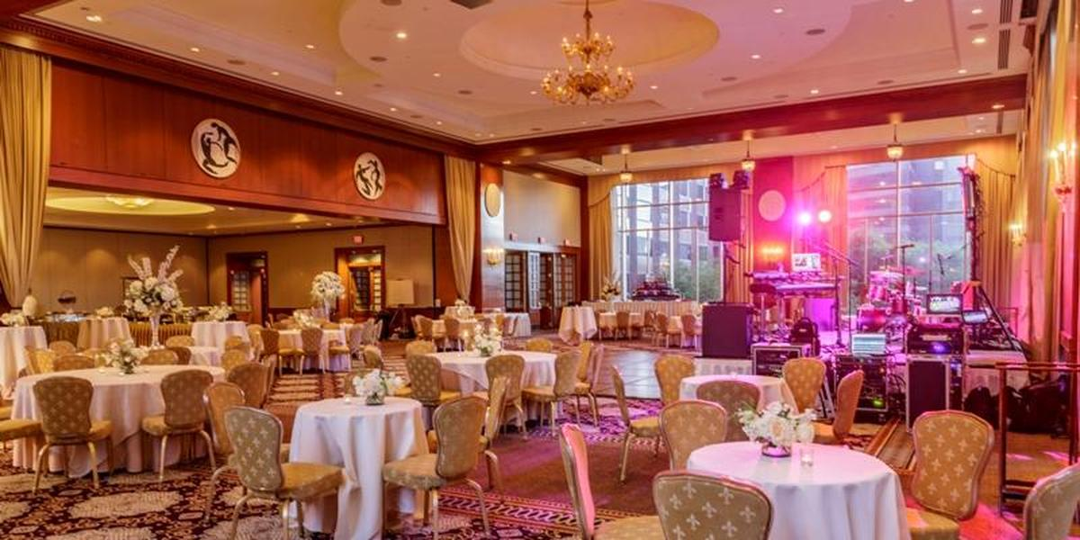 InterContinental-New-Orleans-wedding-New-Orleans-LA-166687-orig.1492570071