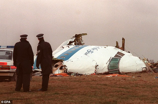 6950128-0-The_wreckage_of_the_PanAm_airliner_that_exploded_and_crashed_ove-a-10_1544833776891