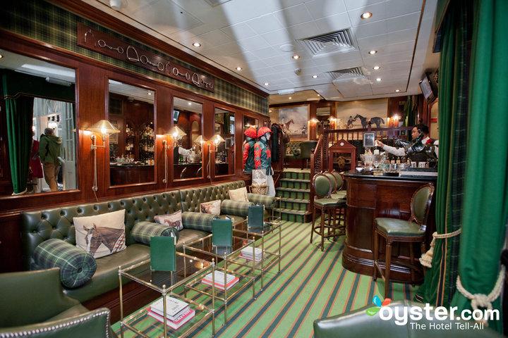restaurants-bars--v1246398-84-720