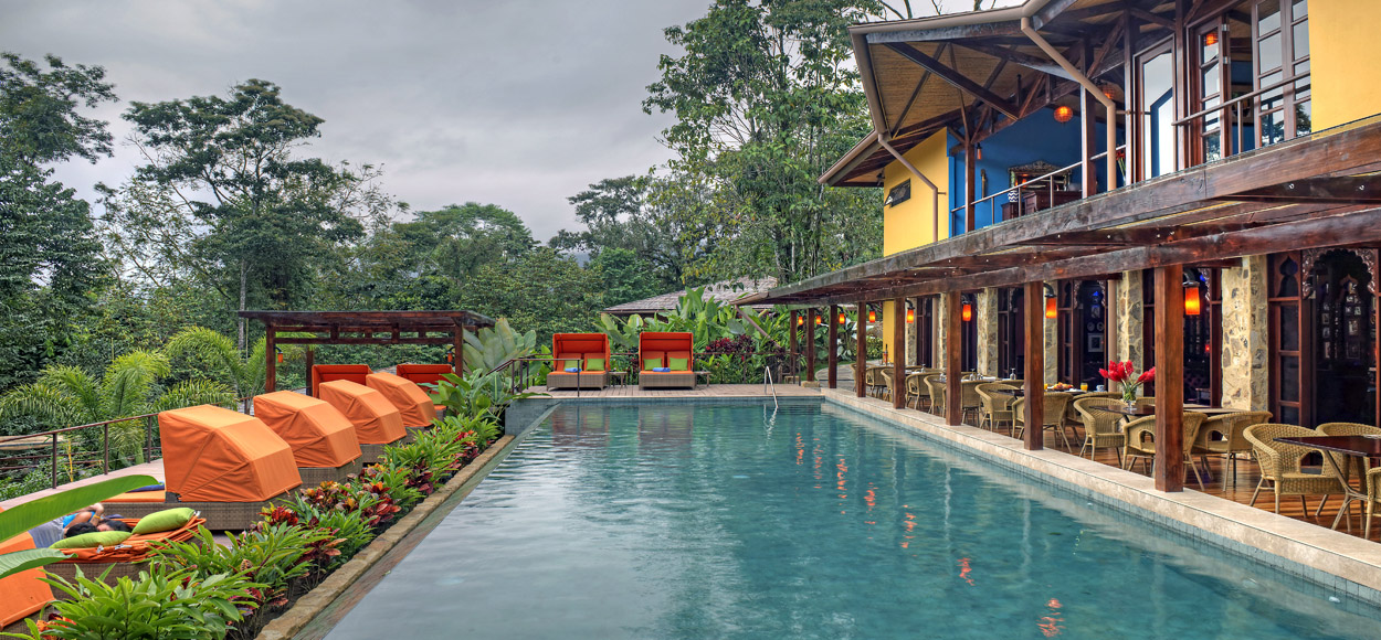 Costa_Rica_Arenal_Nayara_Springs_Lead_Lap_Pool