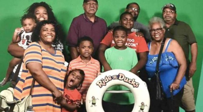Last Photo Shows Happy Family Before Duck Boat Horror Left 9 Of Them Dead