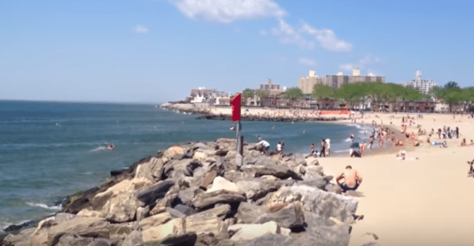 These New York City Beaches Are Teeming With Fecal Bacteria