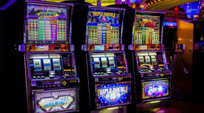 Woman wins $1M jackpot on Las Vegas Strip on Christmas Eve