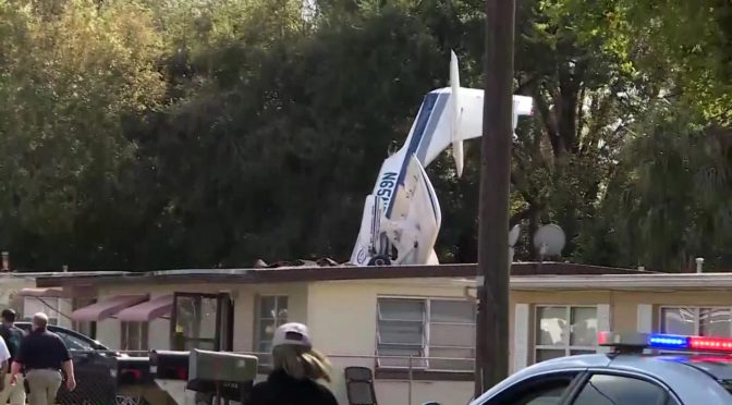Pilot dies, family avoids disaster as plane crashes into home in Florida