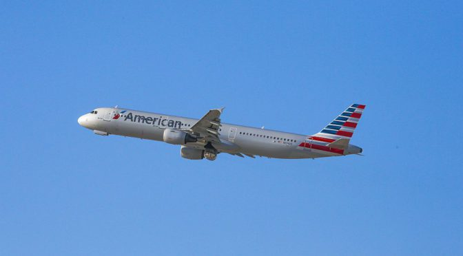 Pilots Say American Airlines Plane Rolled on Its Own and Hit a Sign During Takeoff