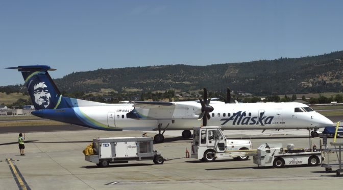 Dad says Alaska Airlines ditched his 13-year-old daughter during layover: 'I was shaking'