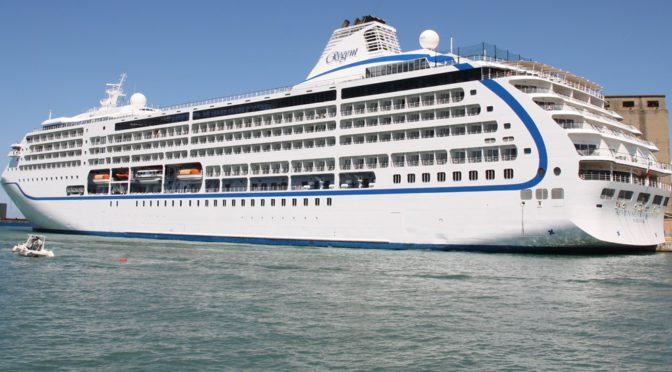 Regent Cruises — Seven Seas Mariner.