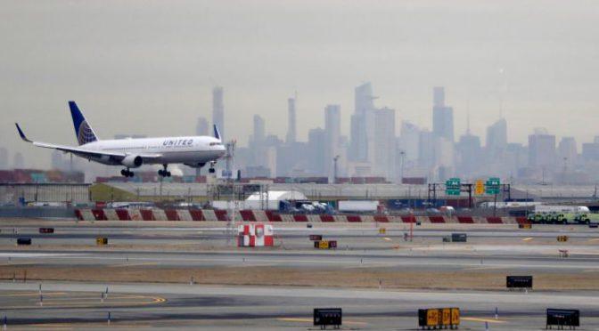 Packed United flight leaves passengers 'scared,' 'shocked' amid fears of the coronavirus