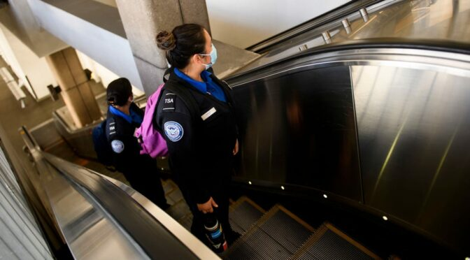 The TSA wants to hire 6,000 new airport security officers by the summer